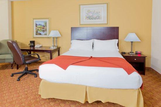Duncanville, TX: Queen Bed Guest Room