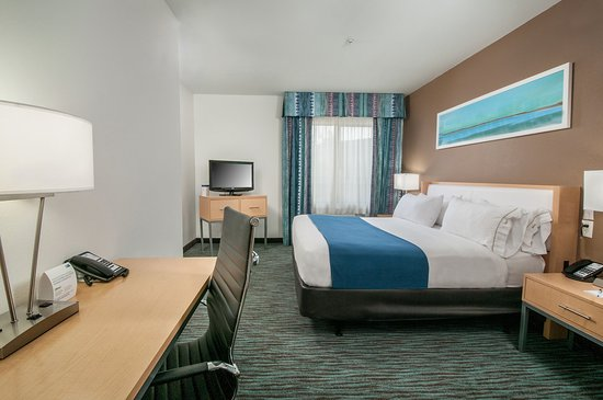 Holiday Inn Express Hotel & Suites San Antonio Rivercenter Area: Guest Room