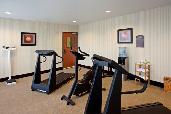 Holiday Inn Express Hotel & Suites Jackson: Fitness Center