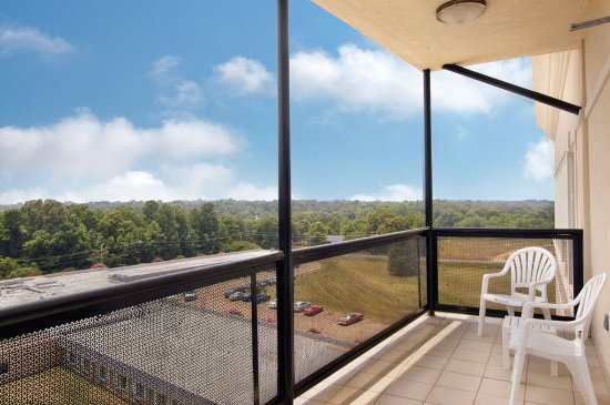 Batesville, MS: Extended Stay Suite Balcony