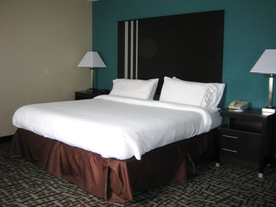 North Lima, OH: Guest Room