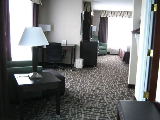 North Lima, OH: Executive Suite