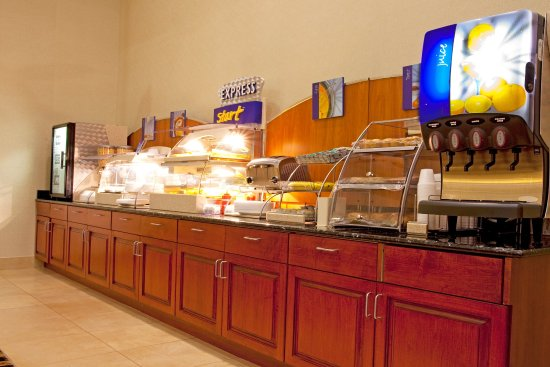Yulee, FL: Breakfast Bar