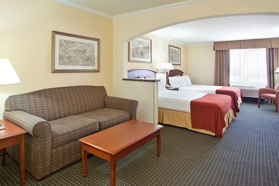 holiday inn express hotel u0026 suites tucson mall two double queen bed guest room with