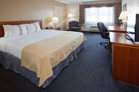 Port Washington, WI: Standard King Room