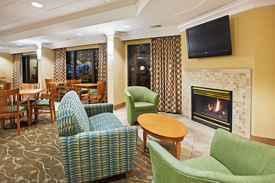 Holiday Inn Express Pigeon Forge/Dollywood: Guest Lounge
