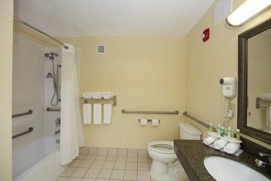 Athens, Τζόρτζια: Oversized accessible bathroom
