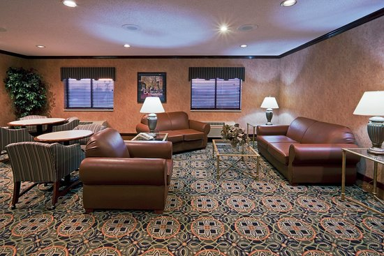 breakfast area picture of holiday inn express suites