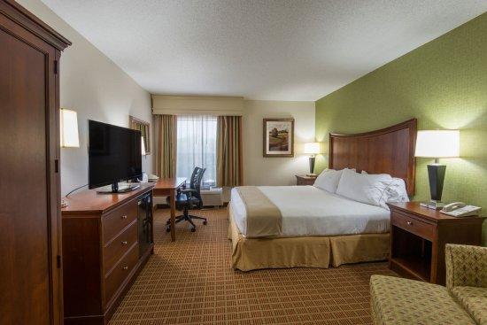 هوليداي إن اكسبرس هوتل آند سويتس آشفيل: King Bed Guest Room - Stretch Out On A King Bed While Working