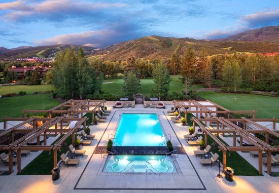 Hotel Park City, Autograph Collection: Outdoor Pool with Park City and Deer Valley Resorts