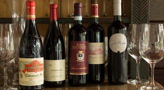 Middleburg, VA: Wine Cellar