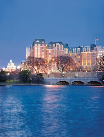 Mandarin Oriental, Washington DC: Hotel Exterior
