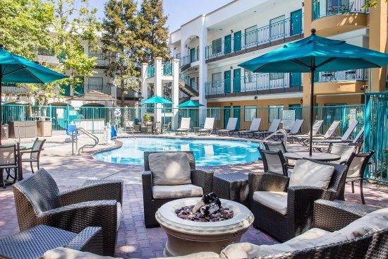 quality suites san luis obispo updated 2017 prices. Black Bedroom Furniture Sets. Home Design Ideas