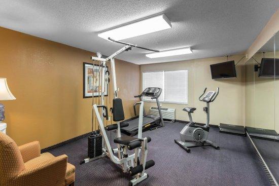 Cedar Rapids, IA: Fitness Center