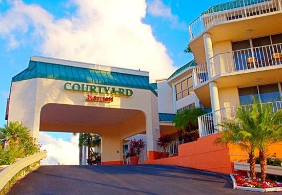 Courtyard Key Largo: Entrance