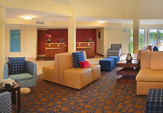 Courtyard Key Largo: Lobby