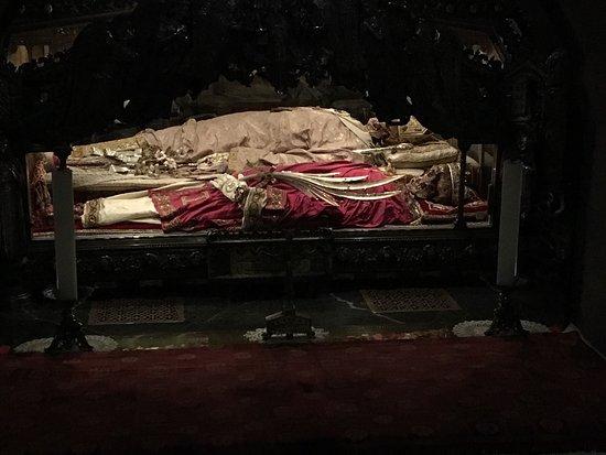 Basilica di Sant'Ambrogio: photo6.jpg