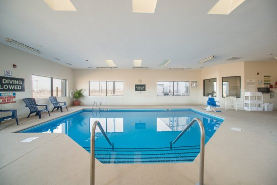 Troy, IL: Indoor Pool