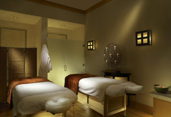 Rosewood CordeValle: Spa Couples Treatment Room