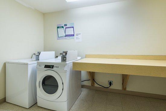 Etowah, เทนเนสซี: Coin Laundry