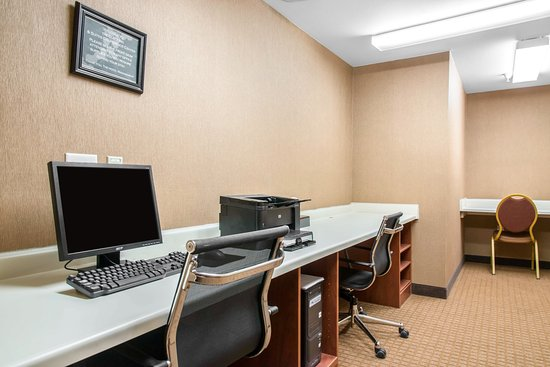 Eau Claire, WI: Business center