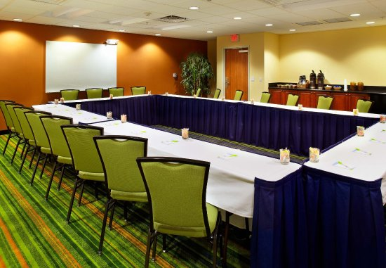 Fairfield Inn & Suites Phoenix Midtown: Cardinal Meeting Room - Hollow-Square Setup