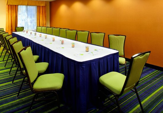 Fairfield Inn & Suites Phoenix Midtown: Boardroom
