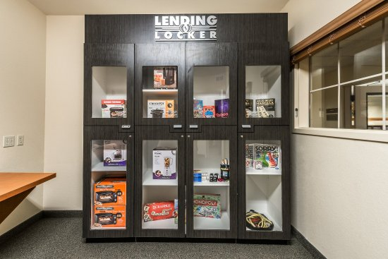 Oak Harbor, WA: Lending Locker