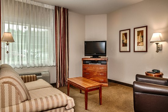 Candlewood Suites Oak Harbor: One Bedroom Suite with One Queen Bed