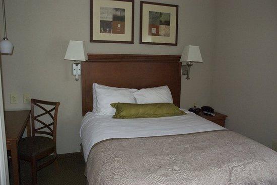 Bordentown, Νιού Τζέρσεϊ: Queen Bed Guest Room