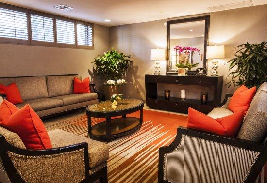 Le Parc Suite Hotel: Lobby