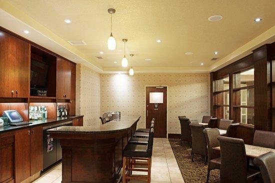 Lloydminster, Canada : Bar and Lounge