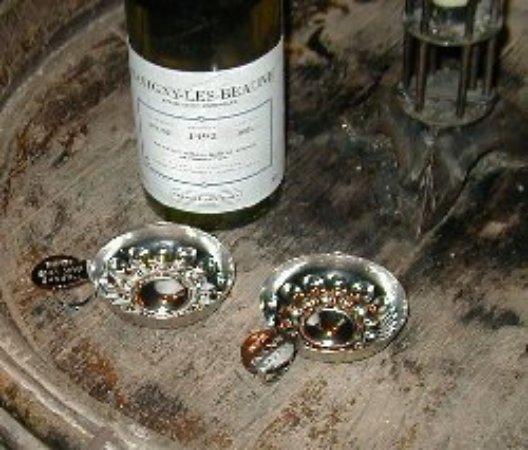 Marche aux Vins: Have a drink