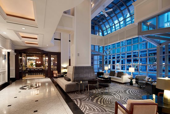 Loews Hotel Vogue: Lobby
