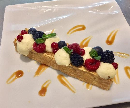 Claye Souilly, Fransa: Mille feuille