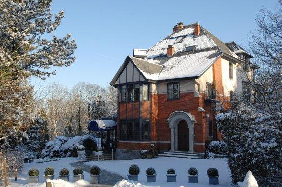 Martin's Manoir Du Lac : Exterior