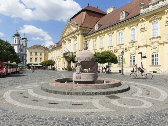 Szekesfehervar, Hungria: Other