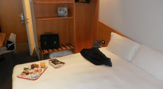 Espressohotel Milano Corso Genova: Other Hotel Services/Amenities