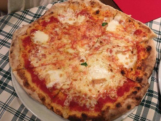 Orio Al Serio, Italia: Pizza