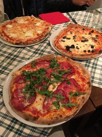 Orio Al Serio, Italy: Pizzas