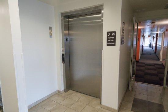 Pottstown, PA: Elevator