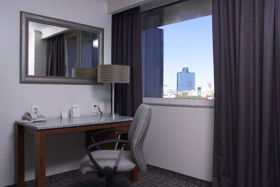 Holiday Inn Ciudad de Mexico Trade Center: Guest Room