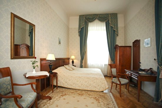Ostoya Palace Hotel: Deluxe double room