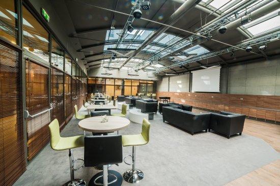 Holiday Inn Krakow City Center: Patio - 230 m2
