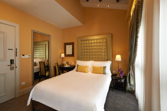 The Scarlet Singapore: Executive Room