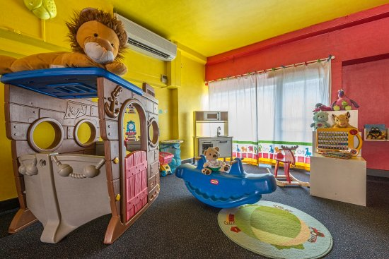 children's playroom at somerset orchard singapore - picture of