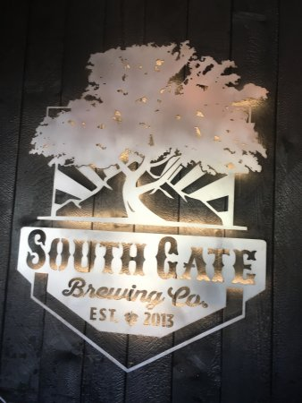 Oakhurst, CA: South Gate Brewing Company