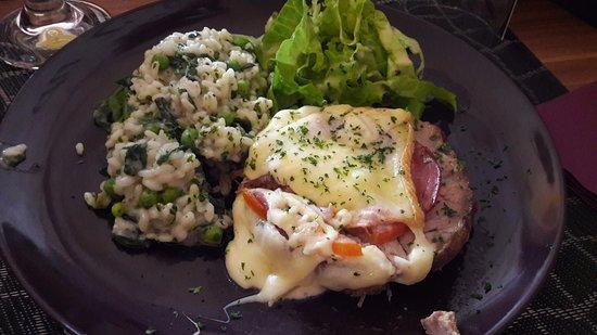 Houdemont, Francia: Le plat du jour : roti orlof avec risotto aux légumes, très bon et pas cher