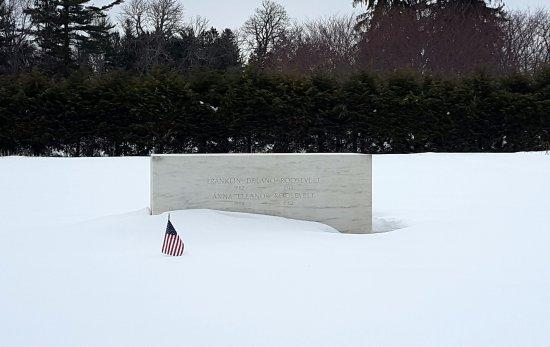 Hyde Park, NY: Franklin and Eleanor Roosevelt's gravestone.