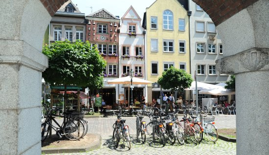 Neuss, Germany: Old Town, Düsseldorf Marketing & Tourismus – photographer U. Otte